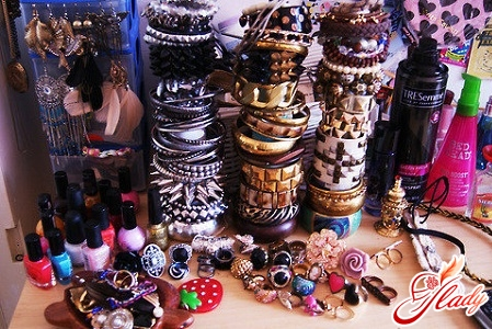 teen fashion for girls in accessories
