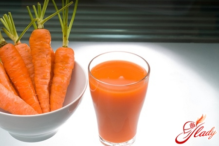приємний морквяний сік для засмаги