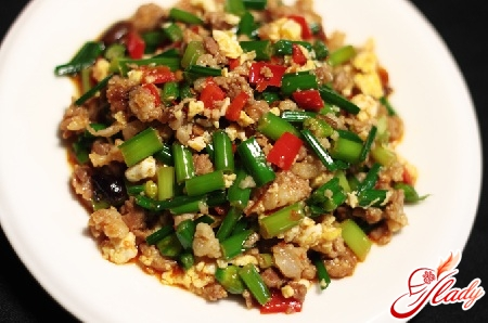 рецепти салатів з м'ясом