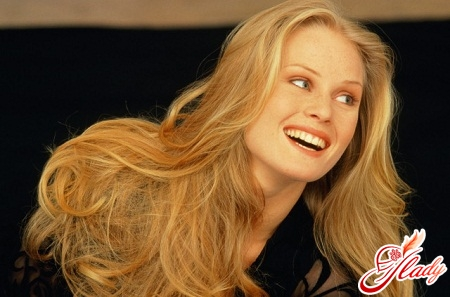 Advantages and disadvantages of hair extensions