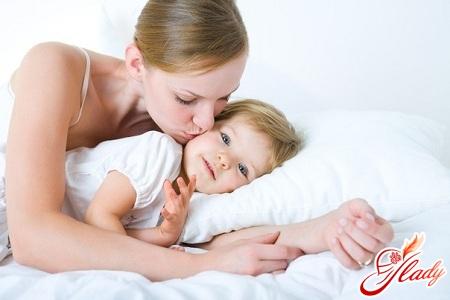 порушення сну у грудних дітей
