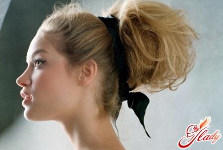 недбалий пучок з волосся