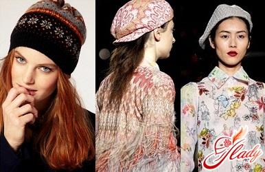 fashionable women's berets