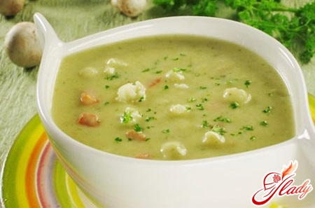 vegetable soup with mashed potatoes
