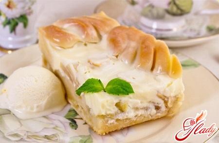 apple pie with sour cream