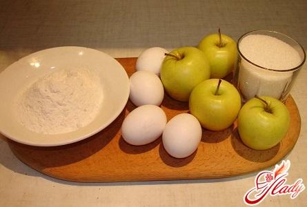 інгредієнти для яблучного пирога в мультиварці