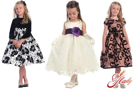Вибираємо сукню для дівчинки
