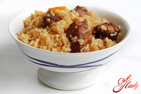 Fergana recipe for delicious pilaf with beef