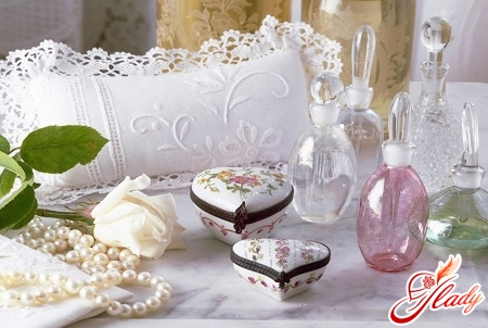 gifts for different dates of weddings