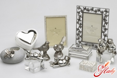 gifts for a silver wedding