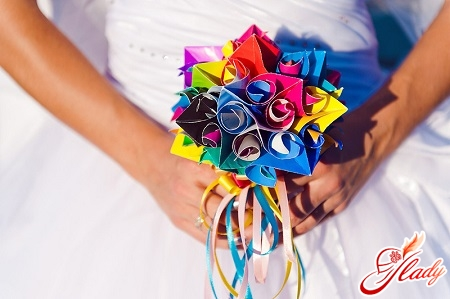 gifts for his wife for a paper wedding