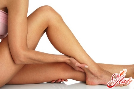 causes of acne on the feet after shaving