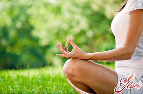йога для нормалізації рівня тестостерону у жінок