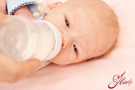 харчування дитини в 2 місяці