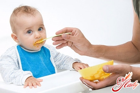 proper nutrition of the child in 9 months