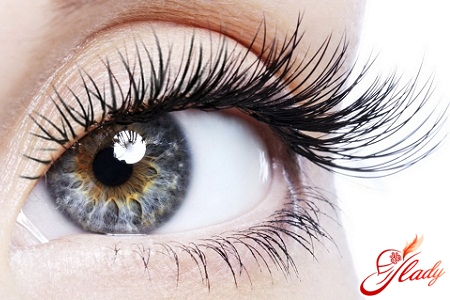 how to take care of eyelashes at home