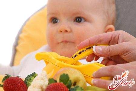 овочі та фрукти важливі для харчування дитини після року