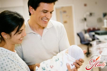 childbirth with her husband for and against