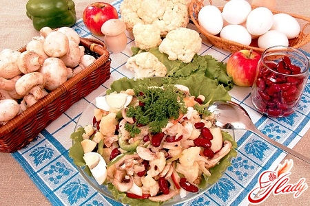 different recipes for salad with cauliflower