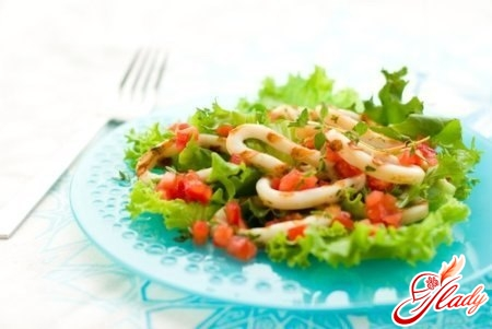 salad with squid and apple