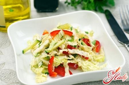 салат з капусти китайської