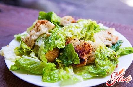салати з китайської капусти