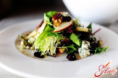 salad of olives