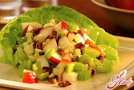salad with celery