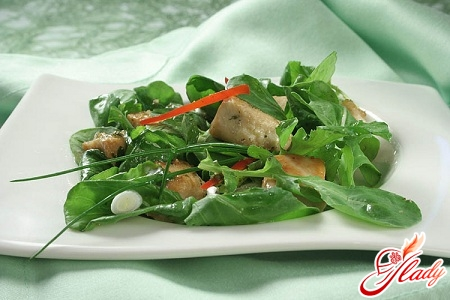 salad with green onions