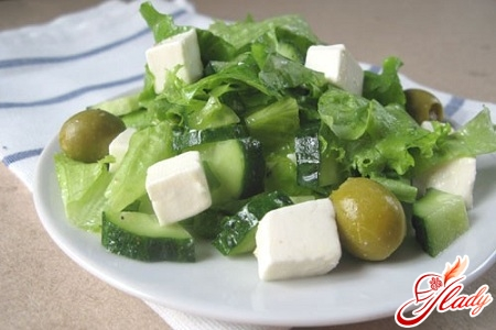salad with green onions and egg