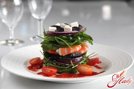 salad with king prawns