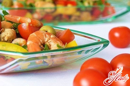 salads with shrimps