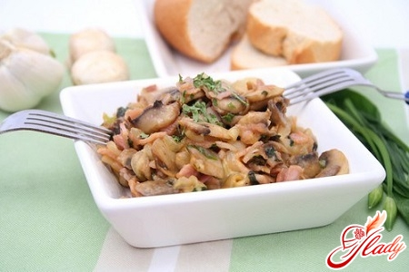 salads with pickled mushrooms