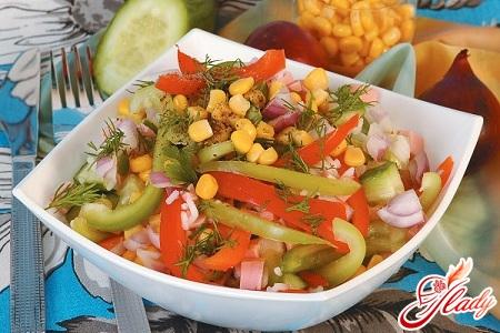 салат з шинки і огірків