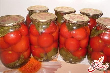 консервування солоних помідорів