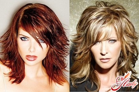 Fashionable haircuts for curly hair