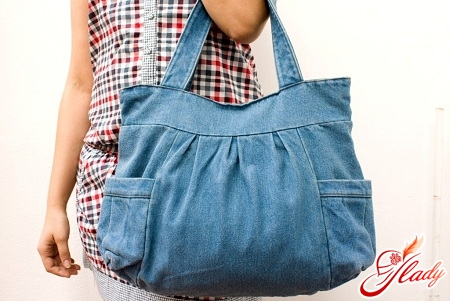 a bag of jeans with their own hands