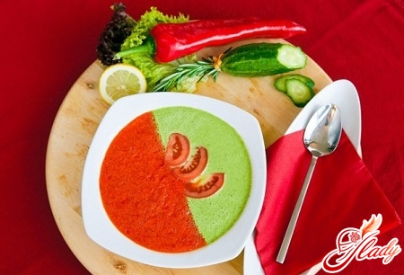 different recipes of gazpacho soup