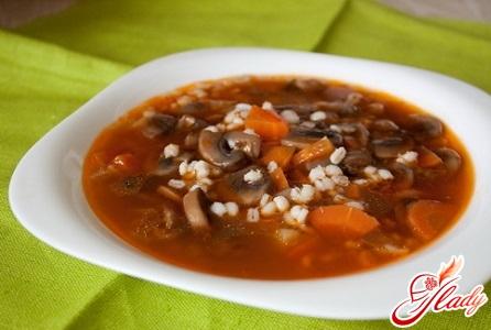 простий грибний суп