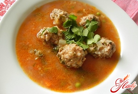 different recipes of soups with meatballs