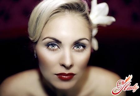 wedding makeup for blondes