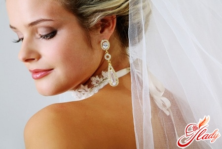 beautiful wedding makeup for brown eyes