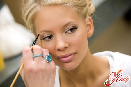proper wedding make-up with your own hands
