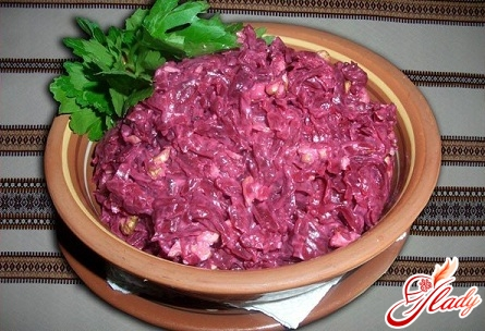 delicious beetroot with garlic and mayonnaise