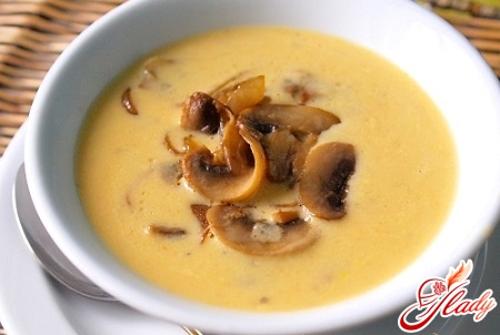 cream cheese soup with mushrooms