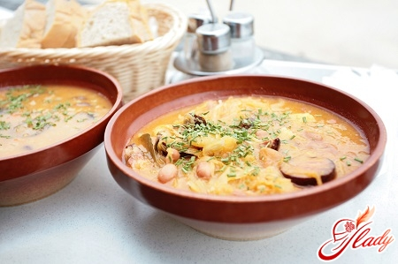 cheese soup with sausage