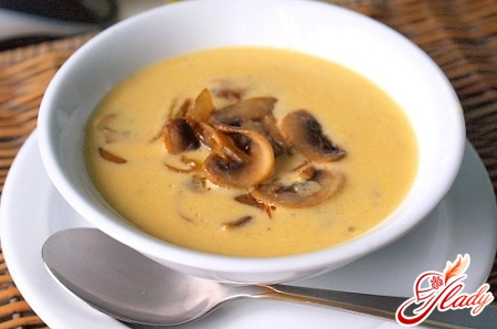 cheese soup with champignons