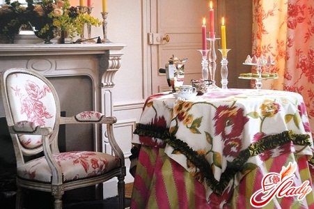 textiles in the interior of a dining room