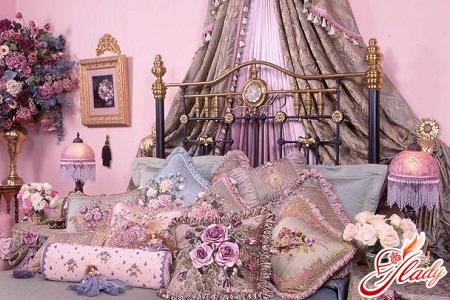 interior decoration with textiles