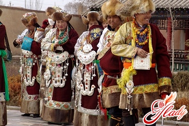 how to celebrate the New Year in Tibet, as well as in different countries